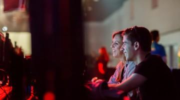 Joacă-te Overwatch şi transmite gameplayul în direct pe Facebook!