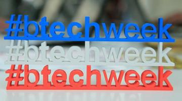 De la mașini electrice și roboți, la mopul care curăță singur. Vezi ce ai pierdut dacă nu ai fost la Bucharest Tech Week