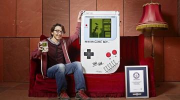 Ăsta e visul oricărui gamer. Cine n-ar vrea un asemenea Game Boy?