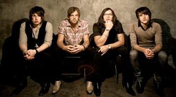 "Kings of Leon de la ""Youth & Young Manhood"" la ""WALLS"""