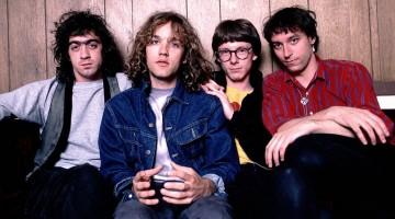 """R.E.M. relansează celebrul lor album """"Out of Time"""""""