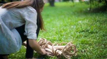 3 obiecte de design românesc te invită la joacă